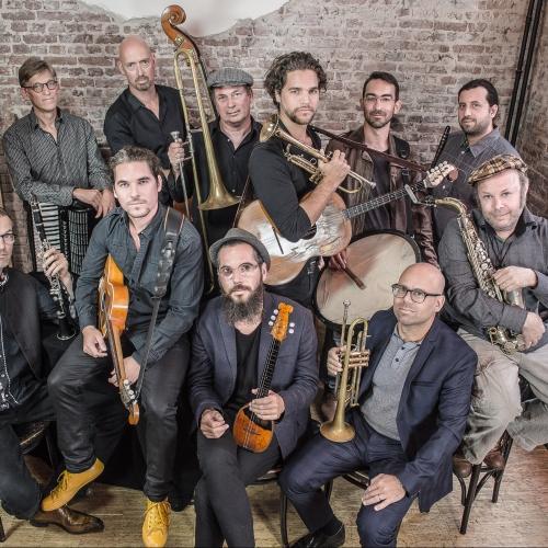 Szikra – Amsterdam Klezmer Band & Söndörgő